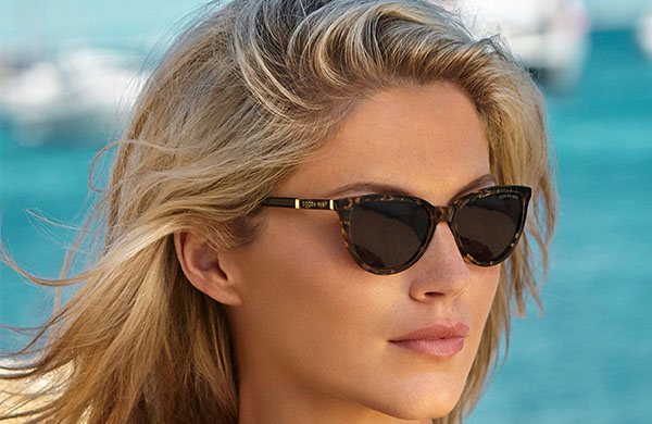 Lady wearing a pair of Cocoa Mint prescription sunglasses